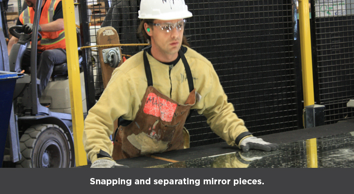 5-Snapping-and-separating-mirror-pieces