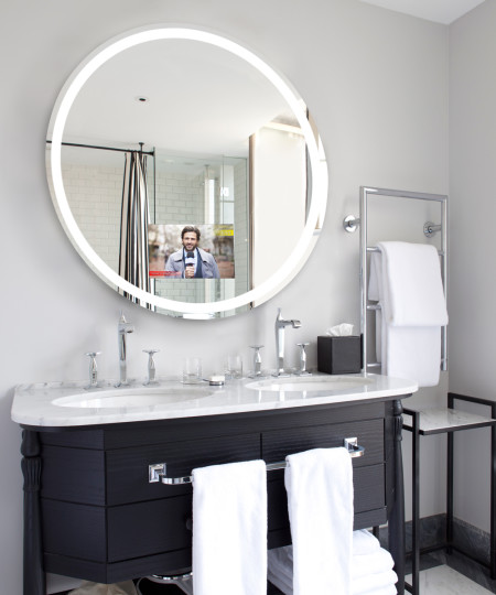 Eternity Lighted Mirror TV-feature image