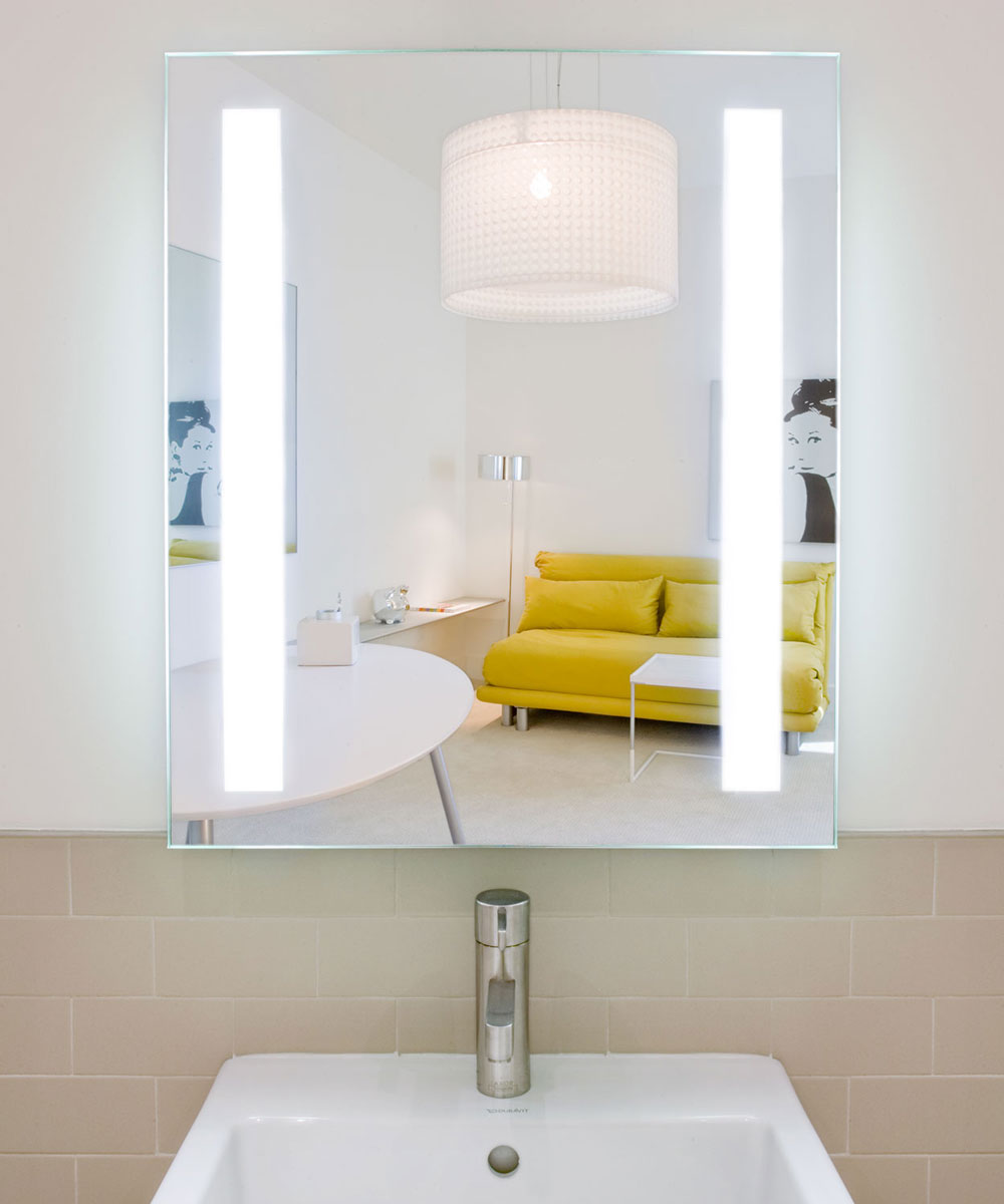 Fusion Lighted Mirror at the Hollywood