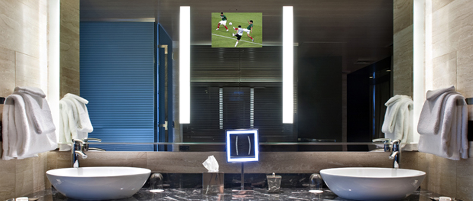 Electric Mirror Hospitality TV with Fusion Lighted Mirror