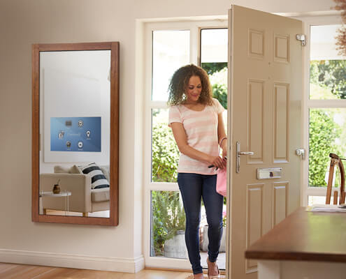 Savvy Smart Mirror can control your home